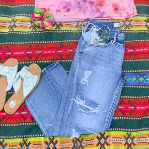 Pacsun Distressed Light Wash Boyfriend Jeans 26 5